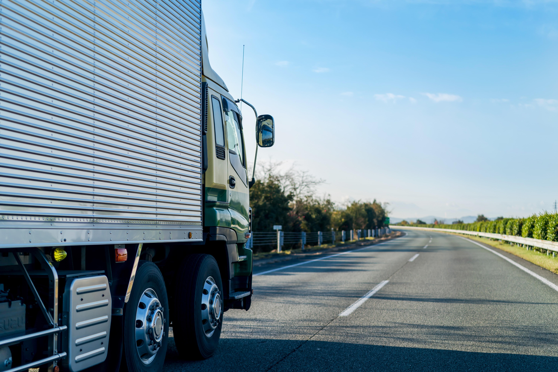 対応車両・輸送経路・輸送コストなど最適化の検討(必要に応じ許認可申請)